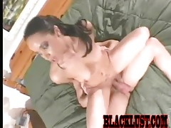 Ebony babe simone sucks cock